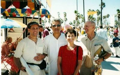 P19_2004-LA_Puskar_RamAbhiramDas_DhritiDasi_Parikshit